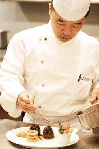 Millennium Seoul Hilton Chef  Hyo Nam Park