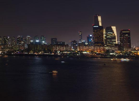 Seoul-skyline-th2
