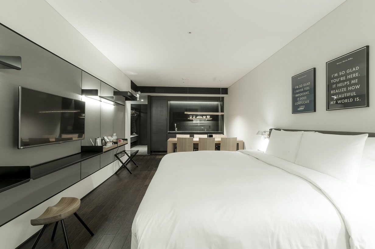 Seoul mice webzine new wave of budget hotels in seoul for Hotel room interior design