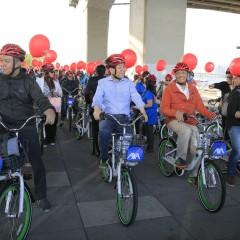 100-Membered Incentive Group Enjoys Bike-Friendly Seoul with Seoul's Mayor