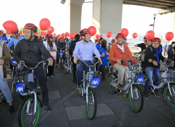 100-Membered Incentive Group Enjoys Bike-Friendly Seoul with Seoul's Mayor