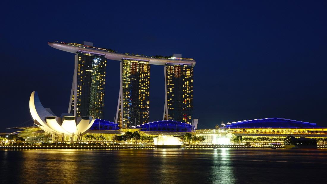 크기변환_singapore-1990090_1920